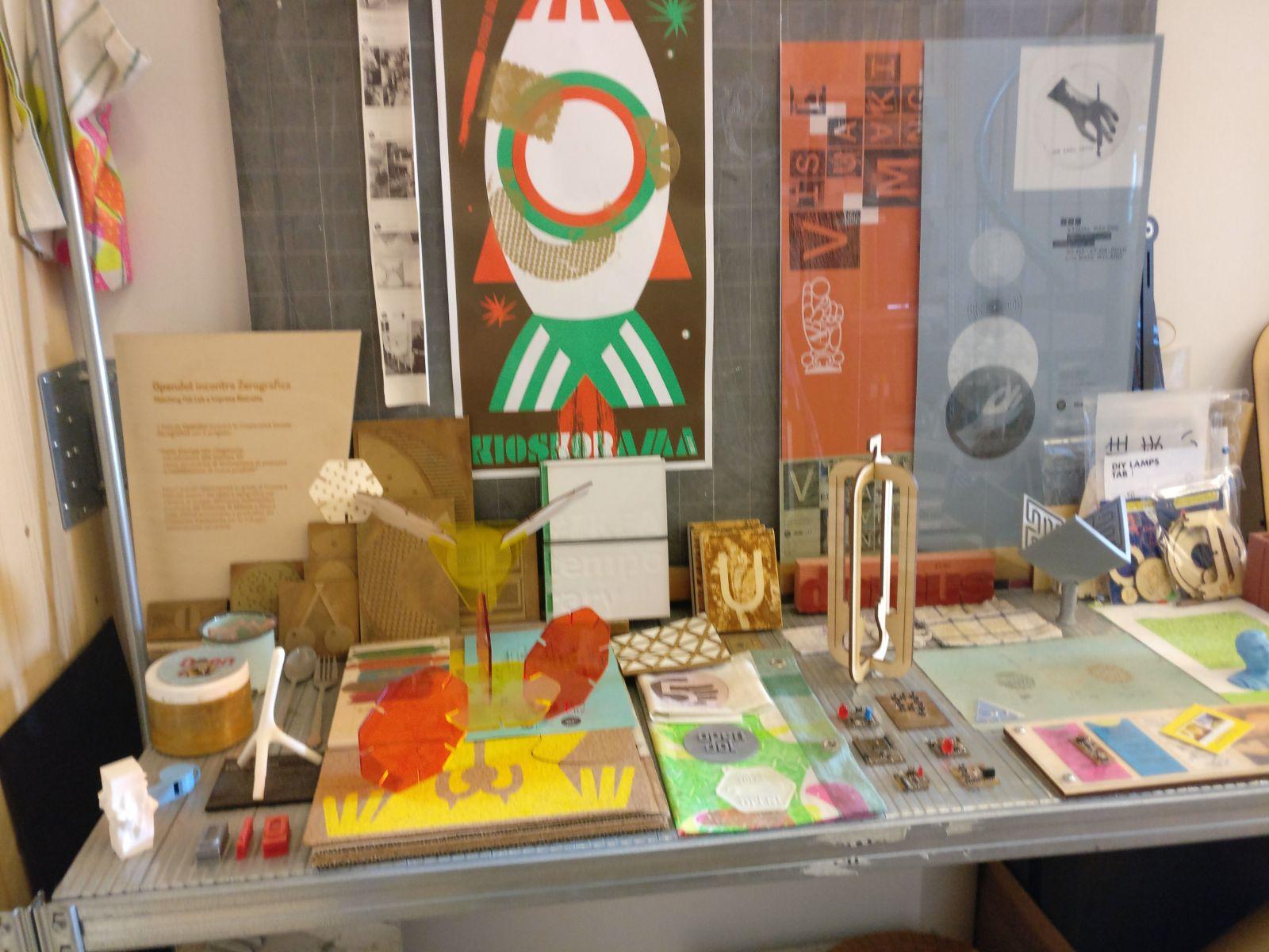 Il bancone di Opendot Fab Lab Milano