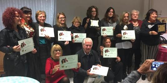 Foto di gruppo di alcuni tra i vincitori del concorso